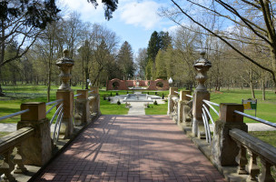 Gartenkunst im Schlosspark